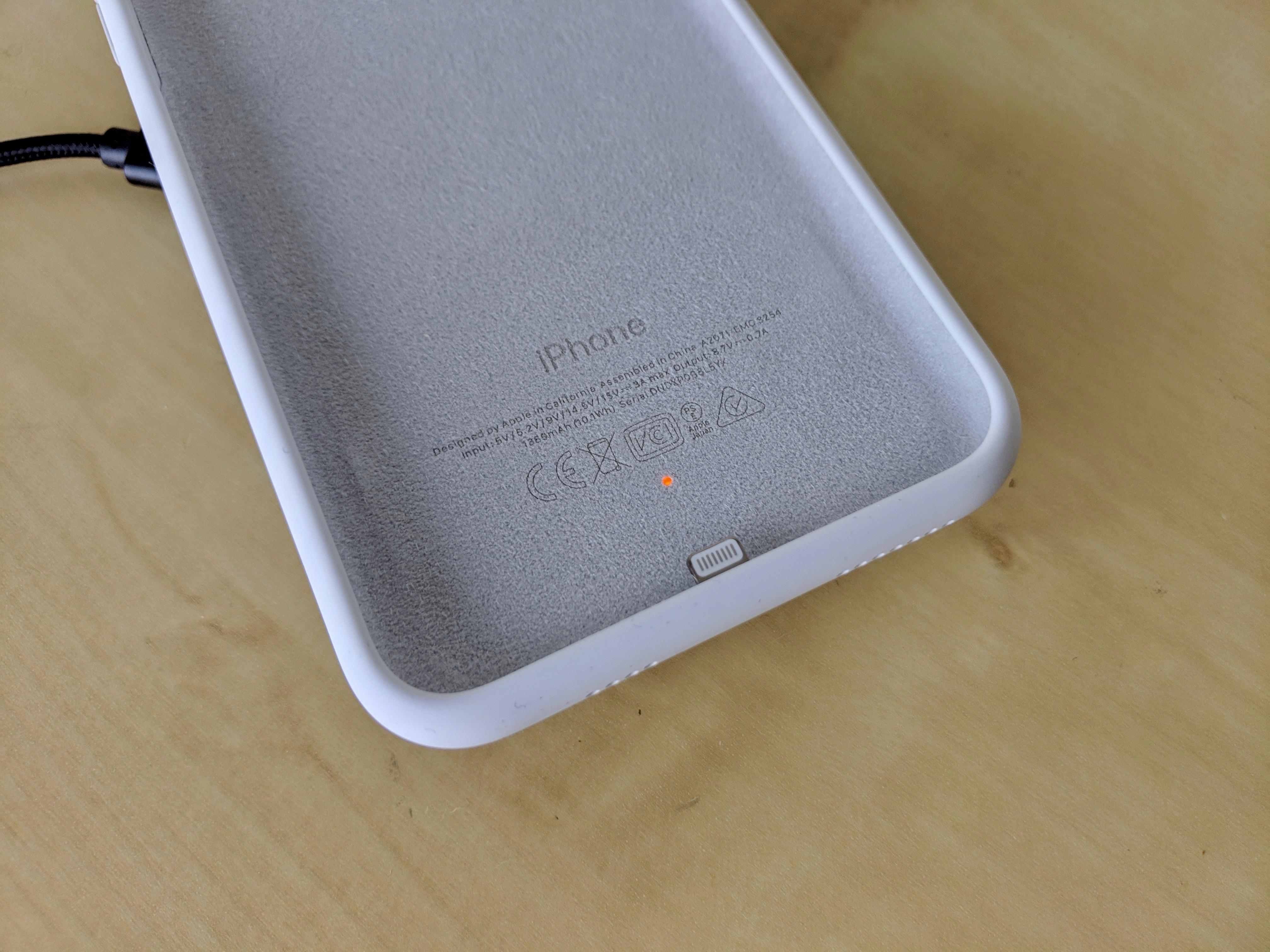 apple-smart-battery-case-2.jpg